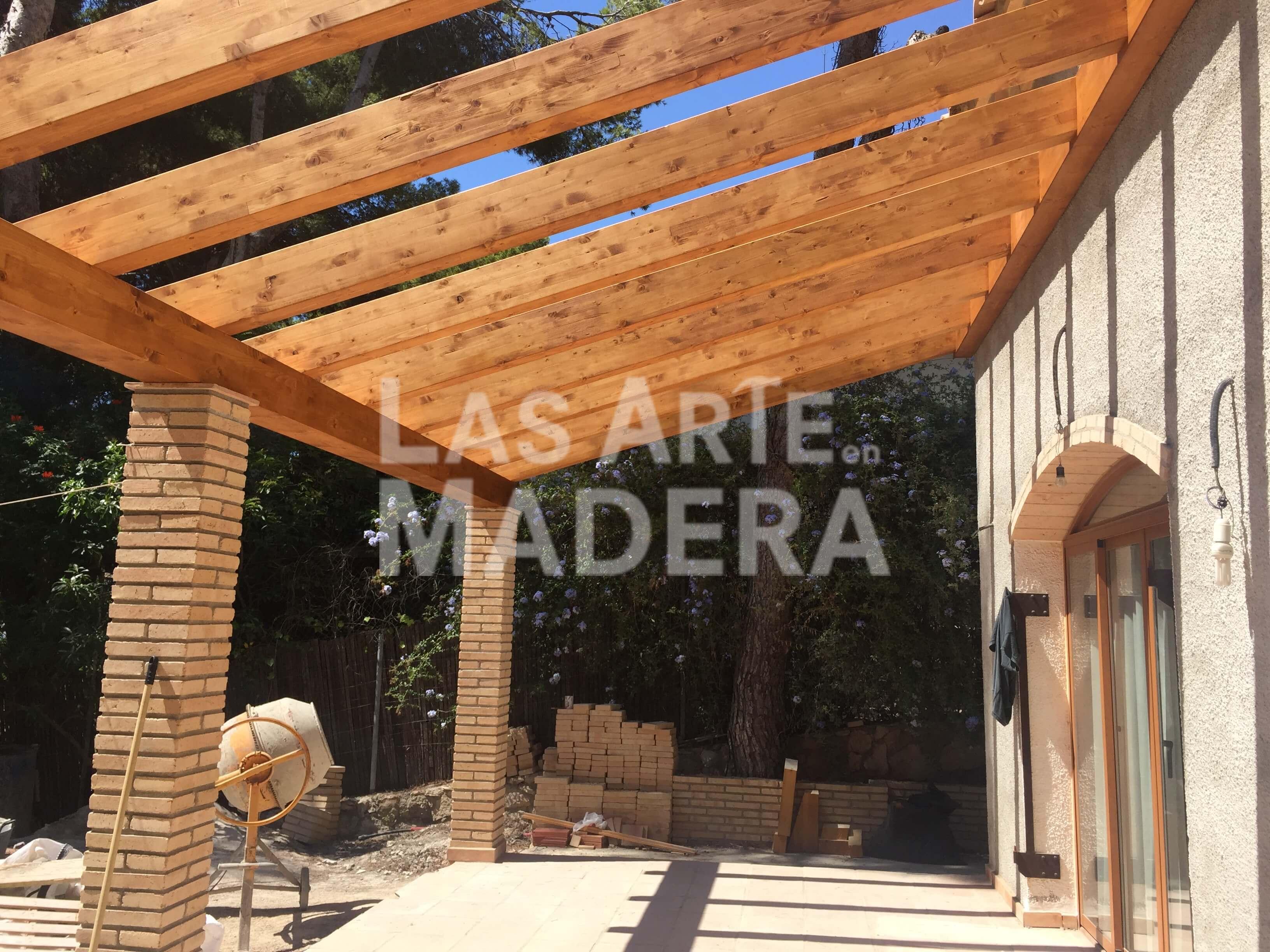 Postes de madera para pergolas perfect pergolas gazebos - Postes de madera para pergolas ...